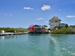 居外网在售巴哈马Georgetown4卧4卫的房产总占地153781平方米