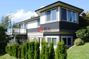 居外网在售加拿大4卧3卫原装保留的房产总占地1030平方米CAD 1,480,000