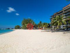 居外网在售开曼群岛4卧4卫的房产总占地339平方米USD 5,995,000