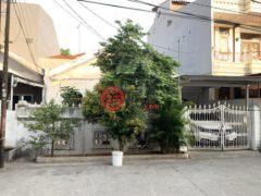 居外网在售印尼雅加达Kelapa Gading的房产总占地162平方米