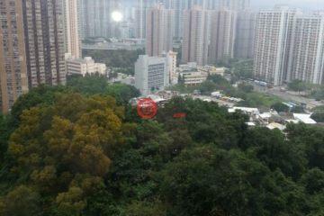 居外网在售中国香港3卧2卫曾经整修过的房产总占地112平方米HKD 14,100,000