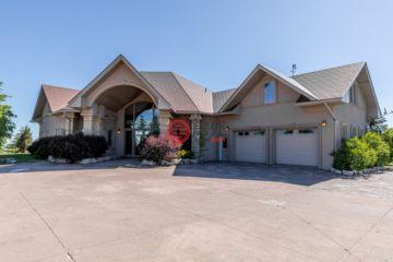 加拿大房产房价_安大略省房产房价_Duntroon房产房价_居外网在售加拿大Duntroon6卧5卫的房产总占地93078平方米CAD 2,200,000