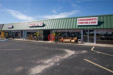 居外网在售美国普莱西德湖USD 870,000总占地3186平方米的商业地产