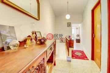居外网在售葡萄牙2卧2卫曾经整修过的房产总占地97平方米EUR 98,000