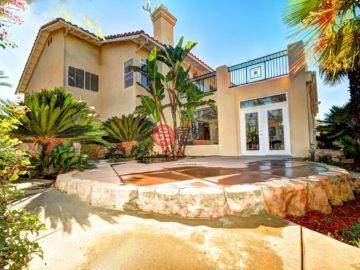 居外网在售美国4卧5卫原装保留的房产总占地372平方米USD 1,188,800