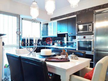 居外網在售希臘2臥2衛曾經整修過的房產總占地90平方米EUR 365,000