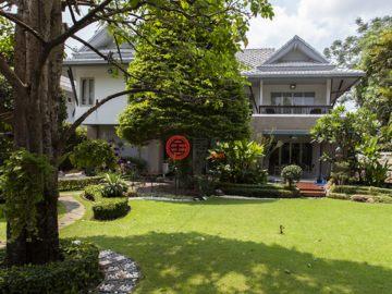 居外网在售泰国4卧4卫特别设计建筑的房产总占地649平方米THB 27,000,000
